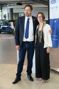 passation entre Christophe Président 2019 - 2020 et Carine Présidente 2020 - 2021